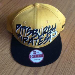 Pittsburgh Pirates New Era 9Fifty SnapBack Hat